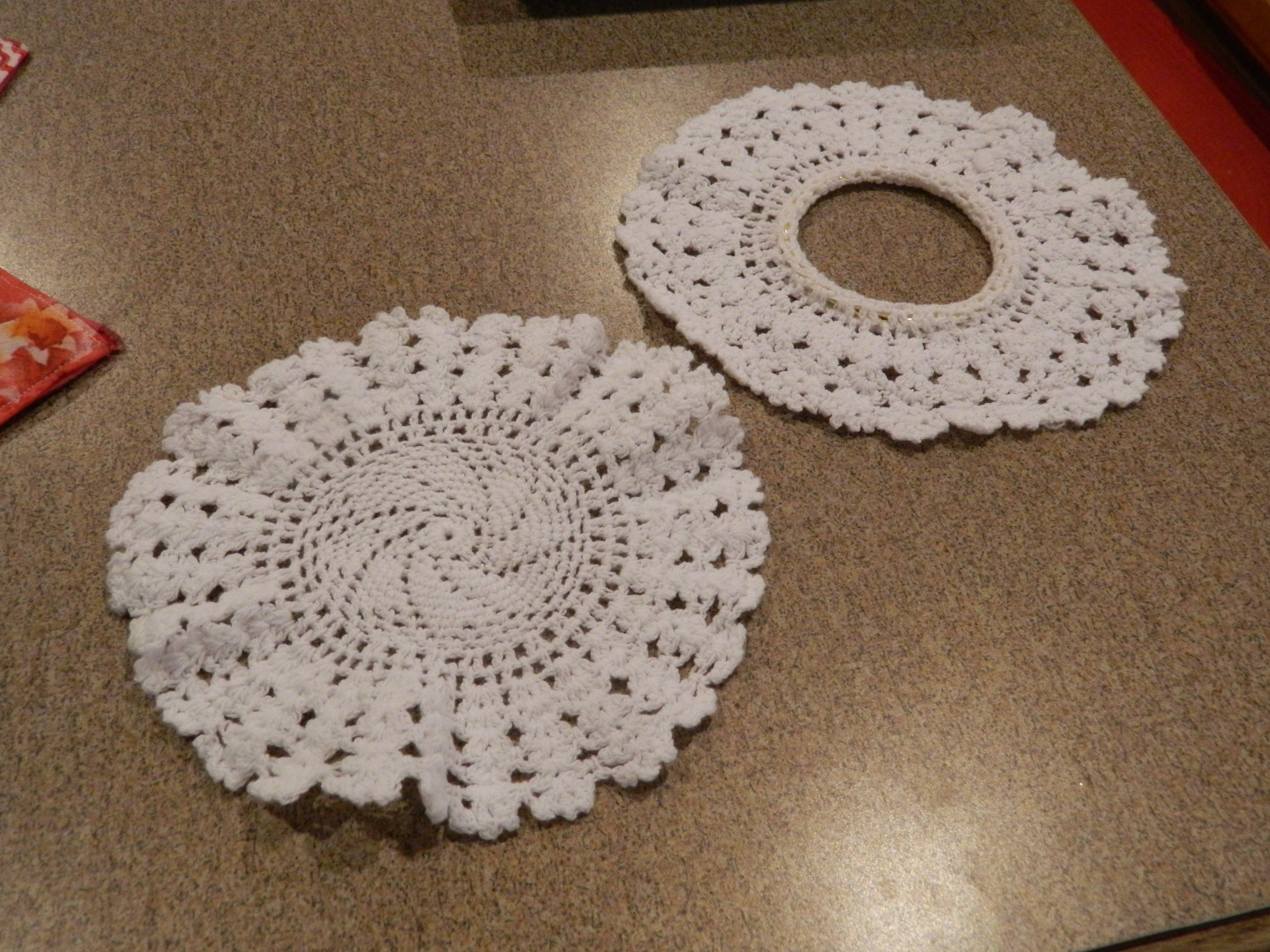 Doily swag lamp and notebook covers on my creative side so arubaitofo Images