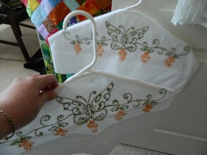 Hanger Cover2