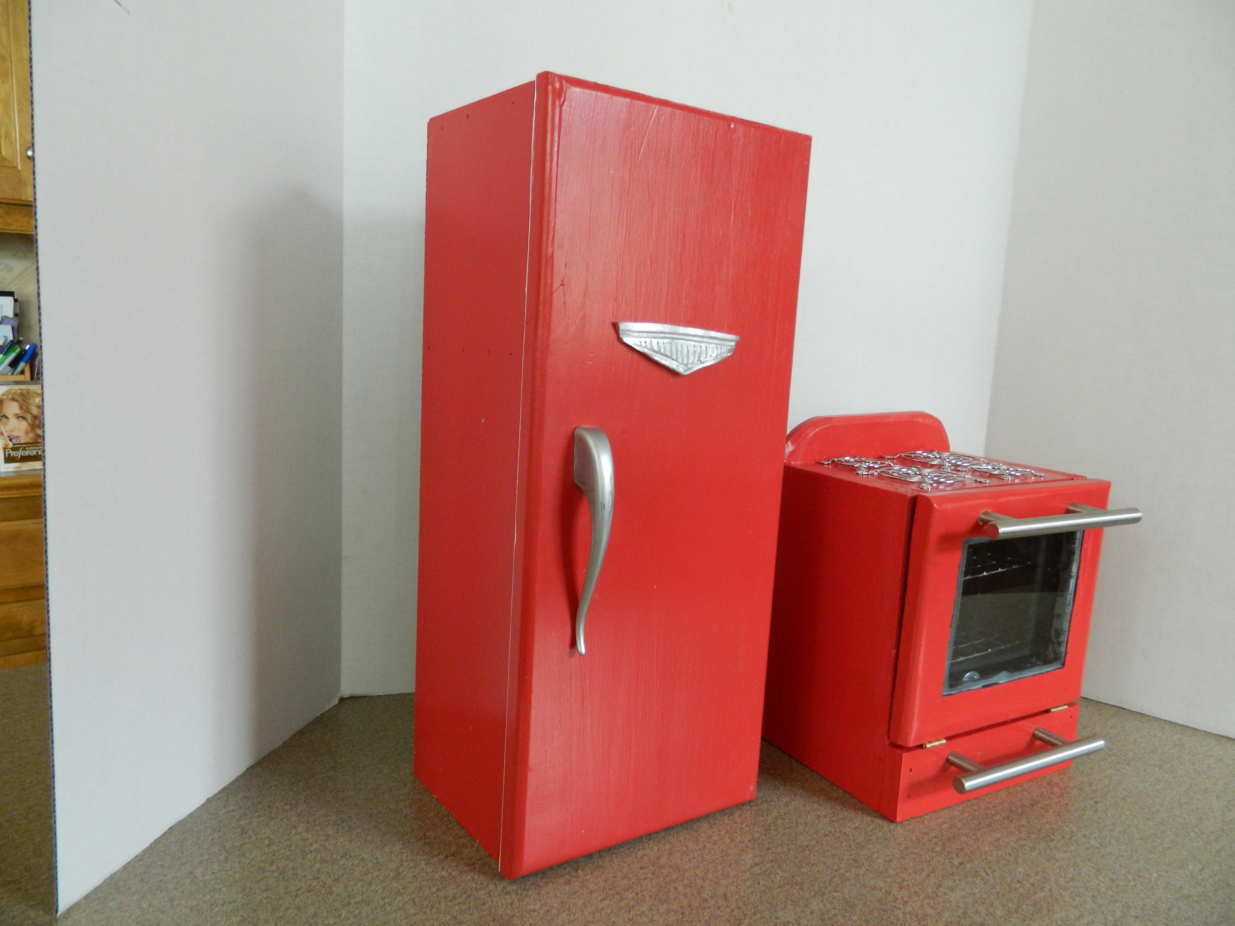 Doll House Appliances Kitchenaide Red Refrigerator and Stove